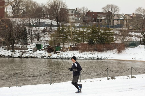HobokenJoggerSnow