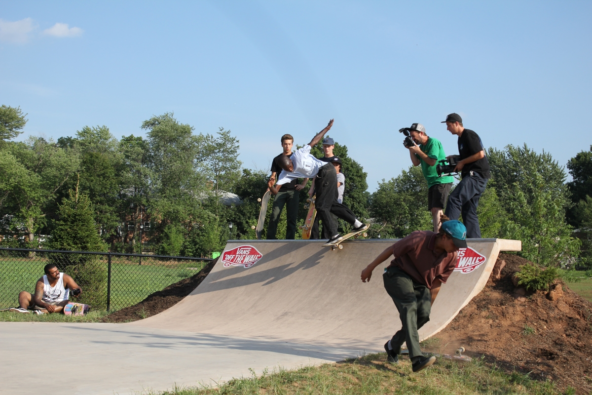 Shredmaster-Keith_BS-Lipslide_New-Brunswick-NJ