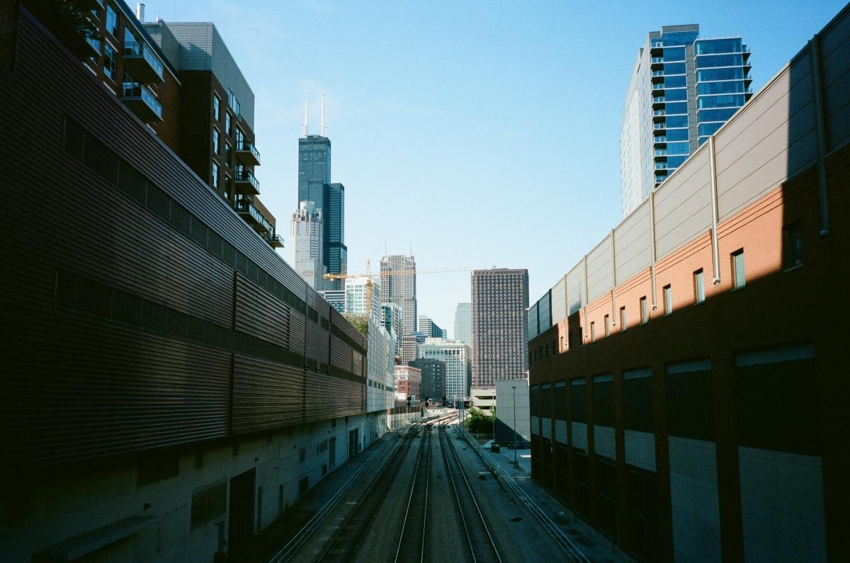 chicago-train-tracks