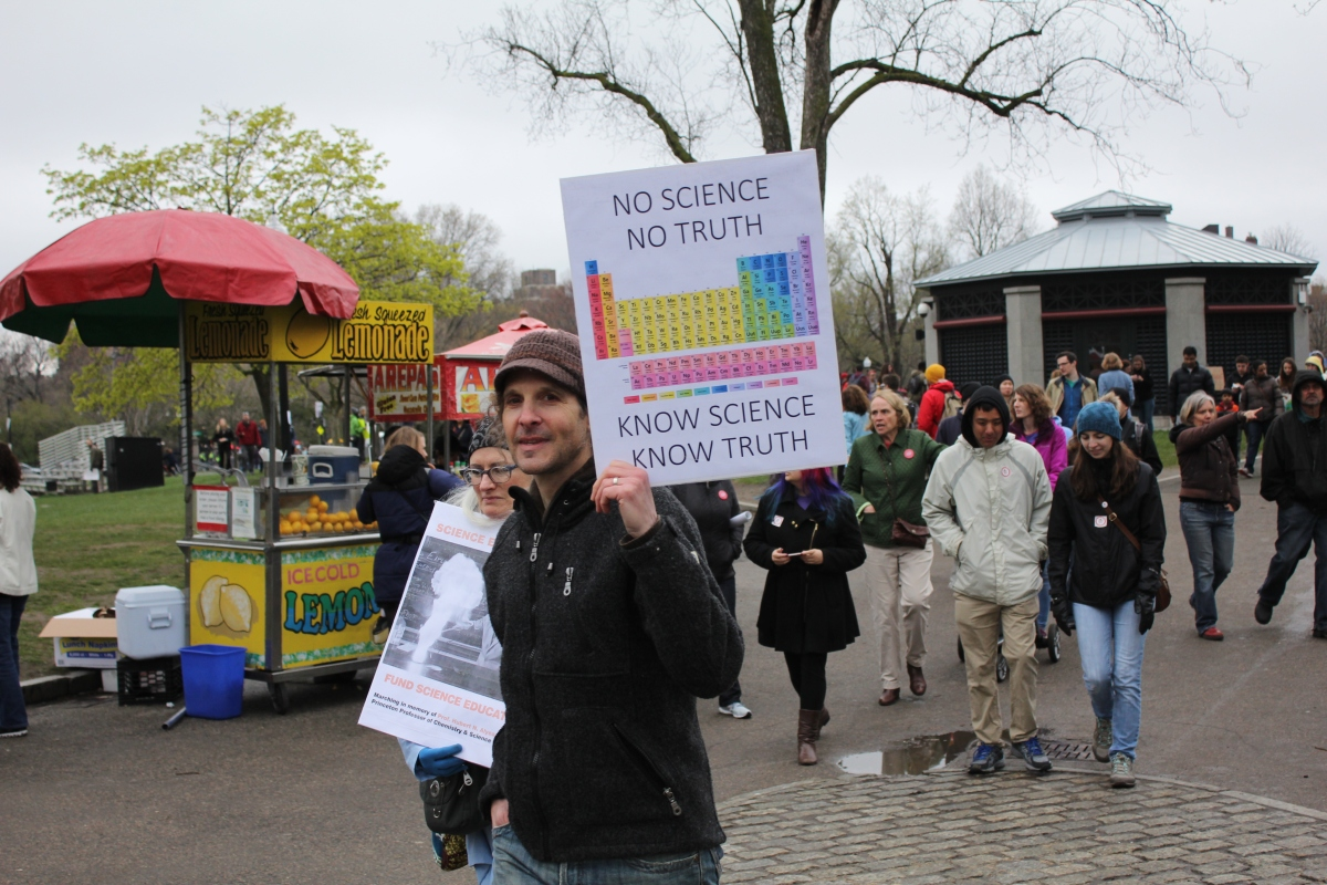 BostonScienceMarchNoScienceNoTruth