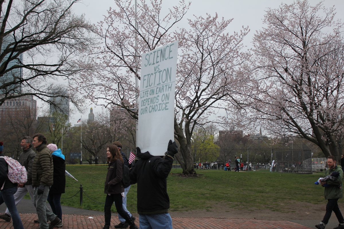 BostonScienceMarchScienceVsFiction