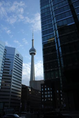 TorontoCNTowerDusk