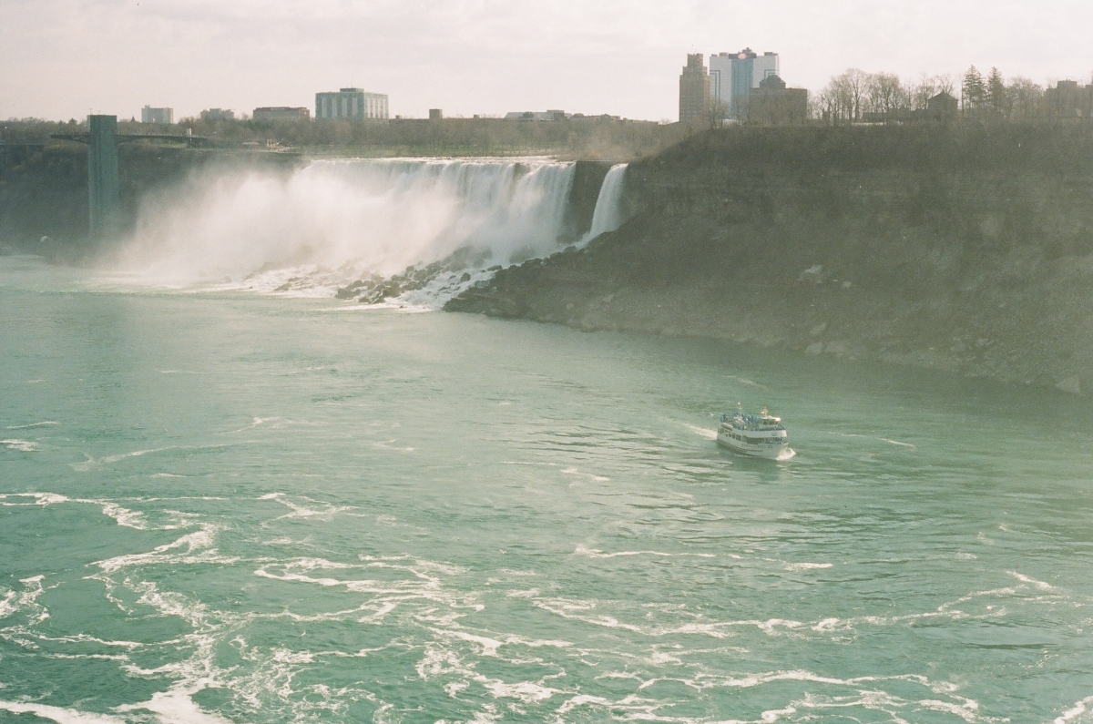 American Side Niagara Falls 35mm
