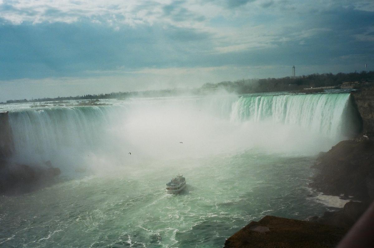 Niagara Falls Boat Olympus-41880017