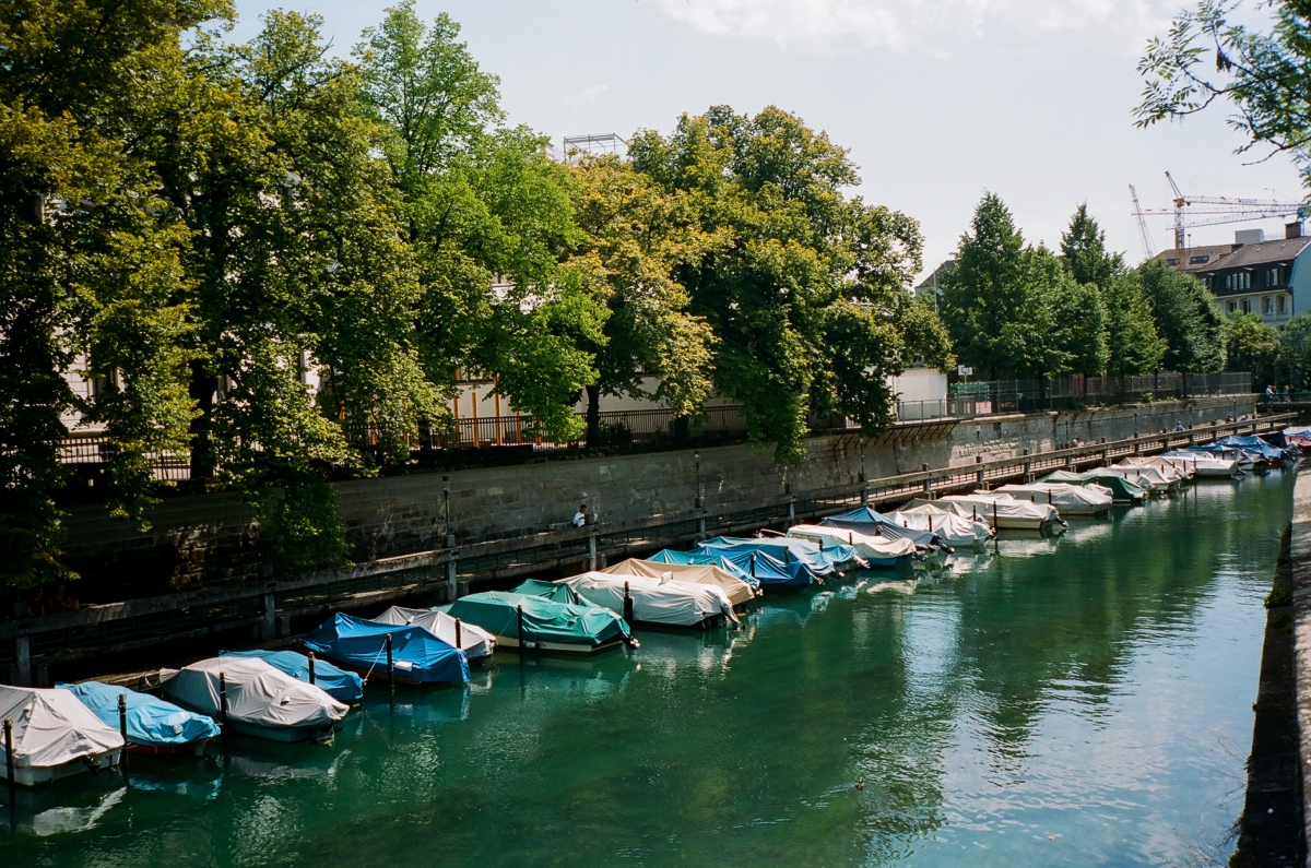 Riverwalk Boats - Zürich, Switzerland